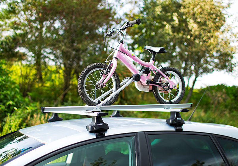 2 x CRUZ Bici-racks with roof bars