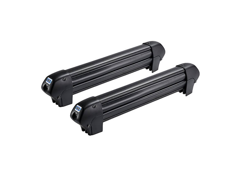 :CRUZ 4 pair ski rack with roof bars