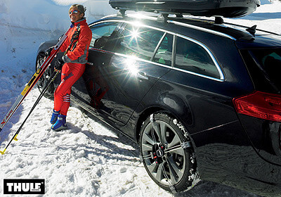 Mercedes benz gla 13 on thule k summit snow chains for Mercedes benz snow chains