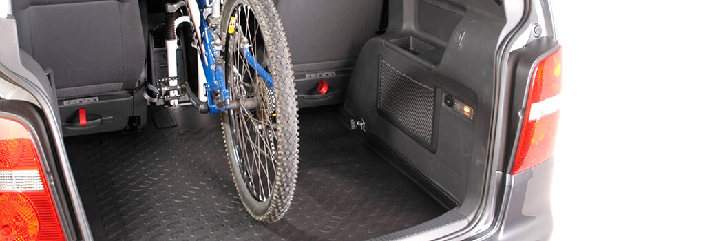 Carbox boot liner with a bike