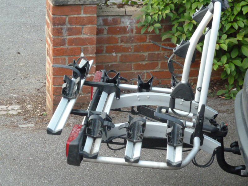 Atera STRADA DL 3 to 4 bike carrier (UK lights) no  AR2603