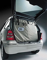 Safe Bag anchors the load securely to the car's chassis and roof to keep it in place whilst protecting your cargo from prying eyes.